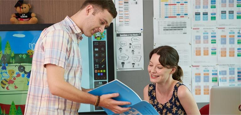 100% giáo viên bản ngữ tại lớp, bảng tương tác thông minh, chương trình ngoại khóa bằng tiếng Anh.